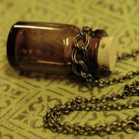 Poison Necklace - $24.00 : RagTraderVintage.com, Vintage Reborn!