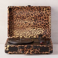Crosley UO Exclusive Leopard Print Cruiser Bluetooth Record Player | Urban Outfitters