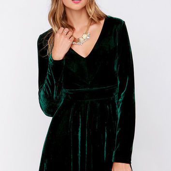 Lovestruck Encounter Dark Green Velvet Dress