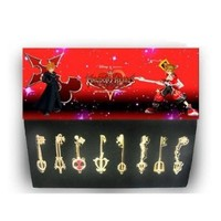 Kingdom Hearts II Sora Keyblade 2.5 inch Gold Version Weapons Set with 8 Silver Color Chain Necklace