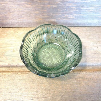 Vintage Green Glass Bowl / Glass Candy Dish / Boho Bowl / Collectible Glass