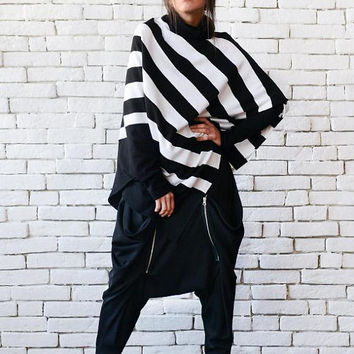 NEW Stripe Loose Tunic/Extravagant Black and White Poncho/Half Sleeve Maxi Sweater/Asymmetric Warm Top/Plus Size Tunic/Stripe Oversize Shirt