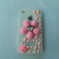 Pink I phone 4 case  flower & pearl