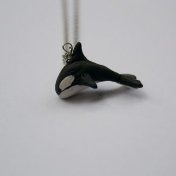Orca necklace - Polymer clay figure necklace - Whale jewellery - Unique and handmade - Clay figurine - One of a kind