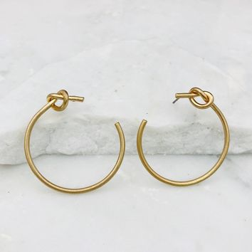 Tie The Loop Gold Earring