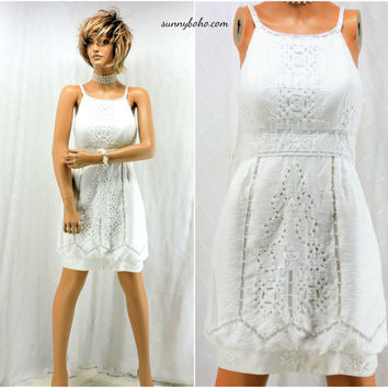 White designer dress size 7 / 8  90s Sue Wong embroidered cut out white cotton summer dress  size M SunnyBohoVintage