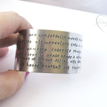 Artist Bracelet - Poetry Bracelet - Painter Bracelet - Larg cuff - Bracelet with Words - Inspirational - Encouraging Words - Poetic