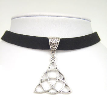 "Black Flat Faux Suede Cord Keltic Knot Triquetra Trinity Charm 13"" Choker Necklace Adjustable"