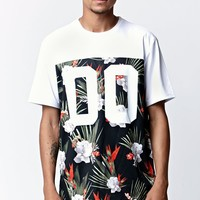 On The Byas Soma Ethnic Pocket Crew T-Shirt - Mens Tee - White