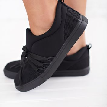 Elyse Mesh Sneakers (Black)