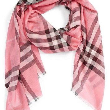 PEAPON Burberry Giant Check Print Wool & Silk Scarf
