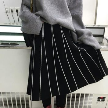 Skirts Womens Winter Korean Style Vintage Striped Slim A Line High Waist Knitted Long Skirt Black Gray Fringe Skirt B162