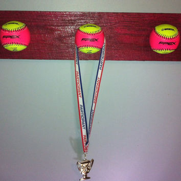 FREE SHIPPING. Unique Girls Softball medal by VeraJanesGifts