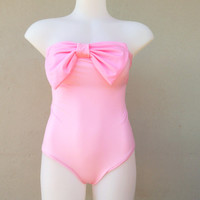 One piece Bow Swimsuit vintage inspired bodysuit marshmallow pink .One piece Swimsuit style hidden bra strapless Spandex lycra
