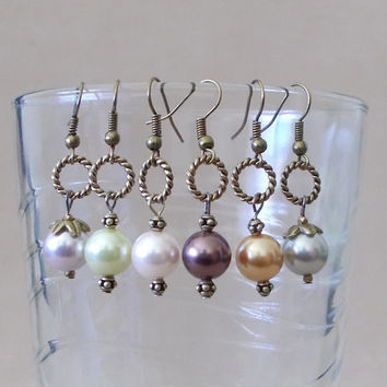 Handmade Colored Pearl & Bronze Rope Hoop Dangle Earrings, Simple Elegance, Classic Style, Fashion Jewelry, Unique Look, Modern Wedding, Fun
