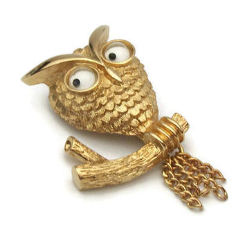 "1975 Avon ""Wise Guy"" Owl Brooch Gold Tone Googly Eyed Owl Pin Whimsical Funny Bird on a Branch - Dangling Chain Link Tail - Vintage Jewelry"