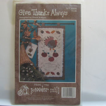 Wall Quilt Hanging Pattern Give Thanks Always by the Powder Mill.