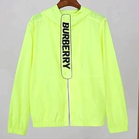 Burberry 2019 new light and windproof sun protection clothing Green