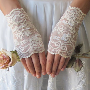 Lace Gloves, Ivory or White, Italian lace wedding accessory, fingerless gloves, bridal accessory by DeLoop