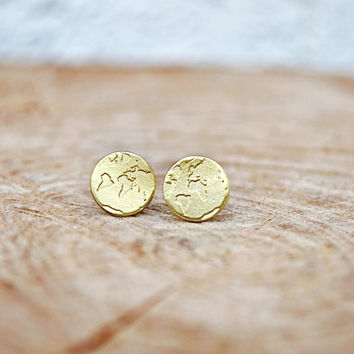 World Map Earrings / Travel Earrings / Wanderlust Earrings / Travel Gift / Globe Earrings / Cute Stud Earrings With World Map Engraving