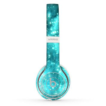 The Bright Blue Glowing Orbs of Light Skin Set for the Beats by Dre Solo 2 Wireless Headphones