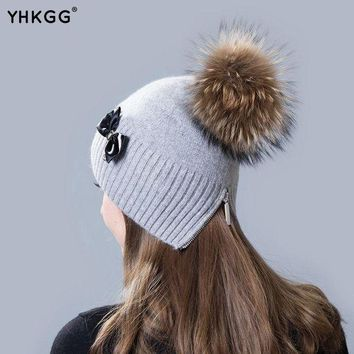 VONG2W 2016 ElegantHot selling!! Beautiful Bow winter hat  beanie hat wool cap   Warm knitted hat with fur ball