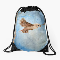 'Snow Wanderer' Drawstring Bag by texnotropion