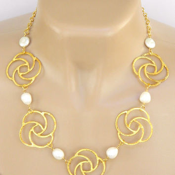 White Pearl Link Necklace Handcrafted Short Gold Adjustable Chain