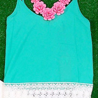 ITS A LACE THING TOP IN MINT