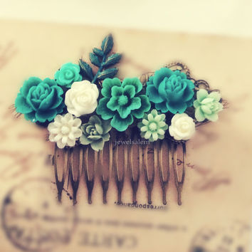 Teal Wedding Hair Comb Dark Aqua Mint Green Bridal Hair Piece Shabby Chic Bridesmaids Gift Pastel Green Dreamy Romantic Ethereal Hair Pin