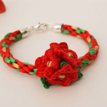 Christmas Bracelet. Red, Gold and Green Kumihimo Bracelet. Bangle with Little Crocheted Christmas Flowers as a Central Motif
