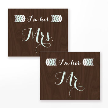 "Printable wedding sign, ""Mr. and Mrs"" signs for head table, geometric pastel shapes, arrow, chocolate wood, mint print -wed004"