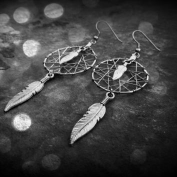 Dream Catcher Earrings - 4 feathered