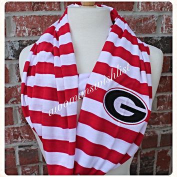 Georgia Bulldog Infinity Scarves great accessory to wear on Georgia Game Day!