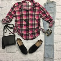 Fit to Be Tied Plaid Flannel Top: Pink