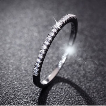 Fashion Silver Plated Rhinestone Women Wedding Valentine's Day ring jewelry + Gift Box