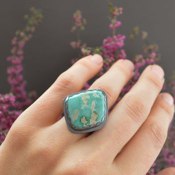 Natural Green Cripple Creek Turquoise & Sterling Silver Ring / Thick Silver Band / Crescent Moon Stamp / Boho Jewelry / Fits US Size 7 1/4