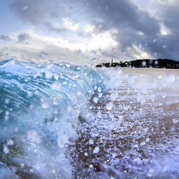 Splashing Ocean