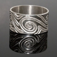 Hand engraved sterling silver ring