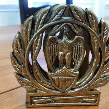 Vintage Brass Eagle Olive Branch Wreath Regal Military Style Napkin Holder Mail Keeper Paper Organizer