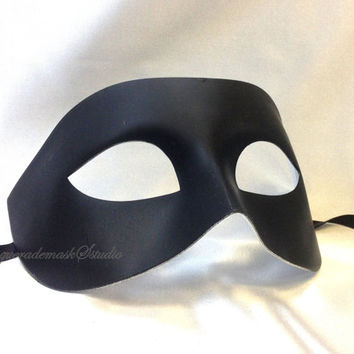 Black White Masquerade Mask for Men - Classy White Black Mens Masquerade Ball Mask