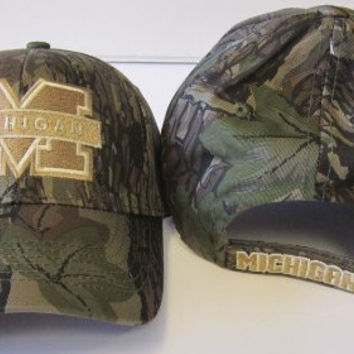 NCAA Licensed Camouflage Slouch Fit Velcro Baseball Hat Cap Lid (Michigan Wolverines)