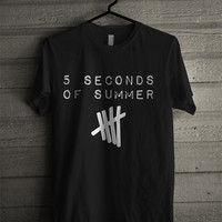 5 Seconds of Summer Black or White T Shirt Unisex Adult