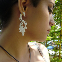 Fake gauges  White Bone Split Gauge Earrings Fancy Craved Feather tribal