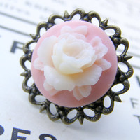 Shabby chic orchid pale two tone cabochon summer beach flower filigree bronze antique vintage ring affordable