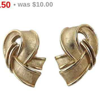 ON SALE! Crown Trifari Ribbon Earrings, Vintage Gold Tone Brushed and Polished Curved Clip-ons