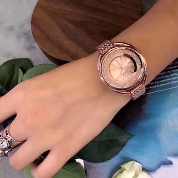 2017 SK New Fashion Diamond Jewelry Women Watches Rose Golden Bracelet Watch Women Top Luxury Brand Ladies Dress Quartz Watches