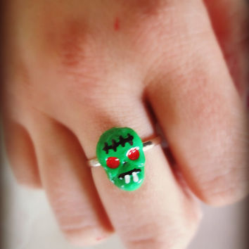 Adorable small Skull Zombie Adjustable Ring