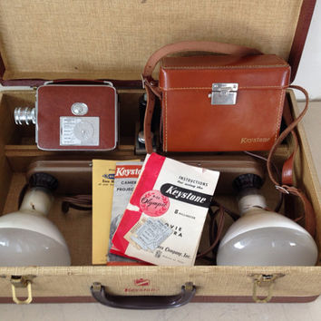 8mm Movie Camera Keystone Model K-32 with Case and Lighting System