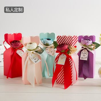 2017 new design Elegant favor Box ,Paperboard candy gift bags for wedding birthday party guests Originality Gift Bag